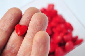 таблетка в форме сердца