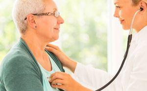 врач кардиолог и пациент