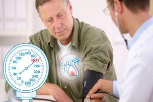 измерение давления на приеме у врача