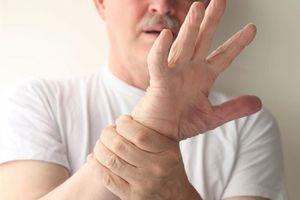 покалывание в руке